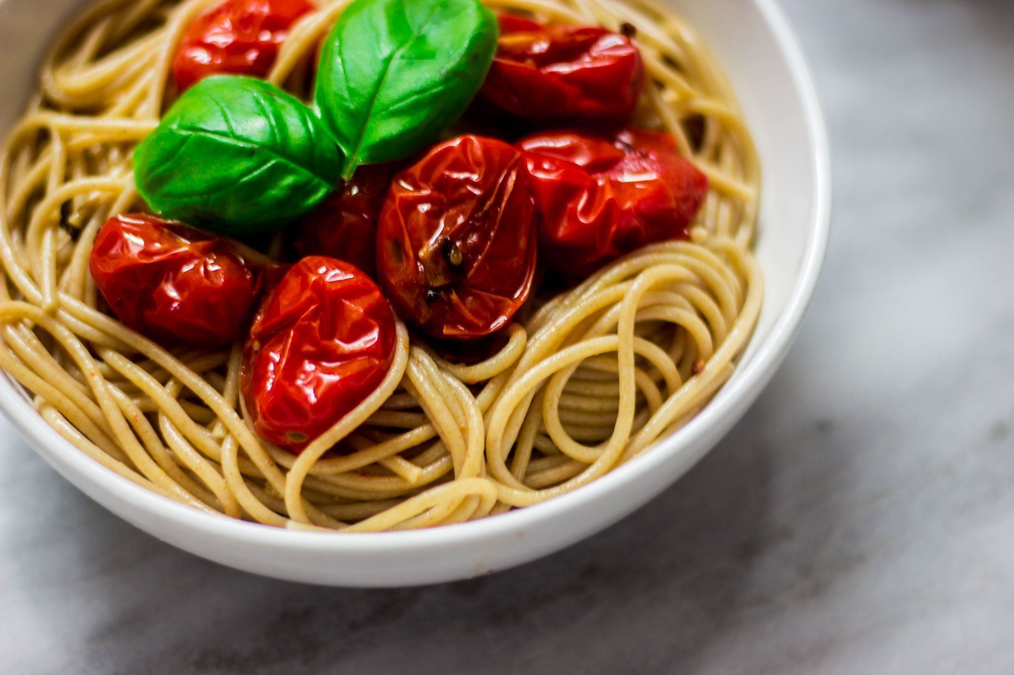 whole wheat spaghetti with garlic blistered tomatoes